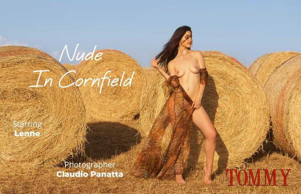 lenne.nude.in.cornfield.claudio.panatta